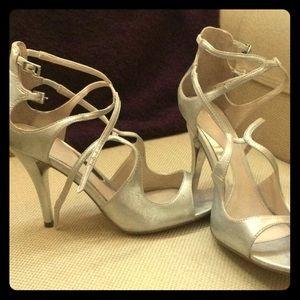 Elegant Formal Silver Heels Size 7